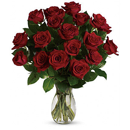 18 Red Roses Bouquet: Send Flowers to Melbourne