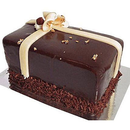 Half Kg Chocolate Sponge Cake Delivery In Canada
