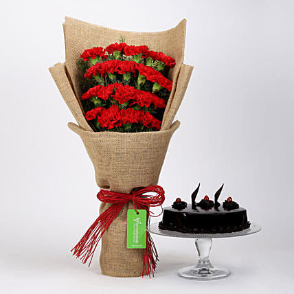 20 Red Carnations & Truffle Cake: Flower Bouquet with Cake
