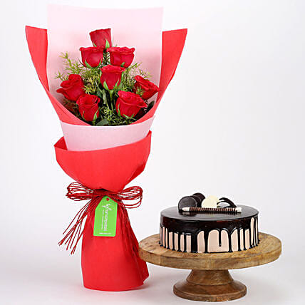 8 Red Roses with Choco Cream Cake Combo: Flowers & Cake Combos