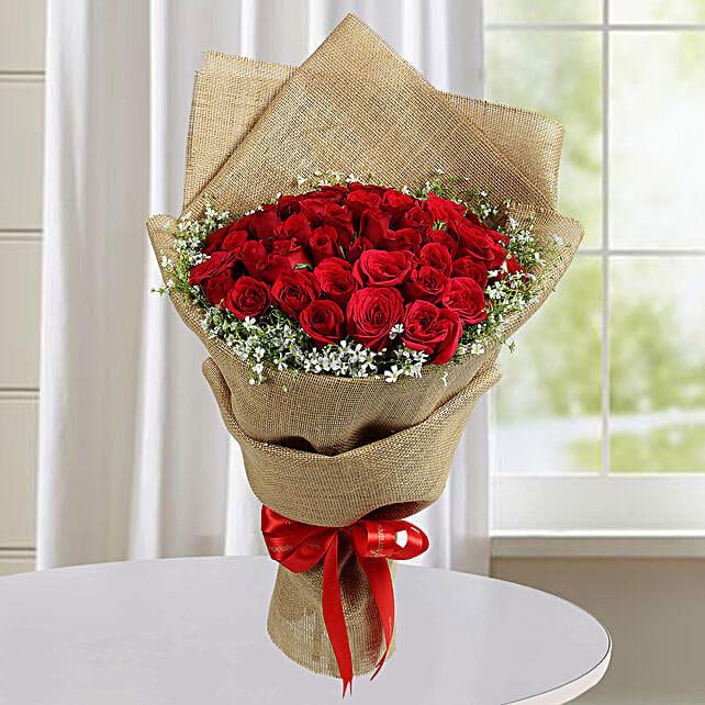 Appealing Red Roses Bunch: Premium Roses