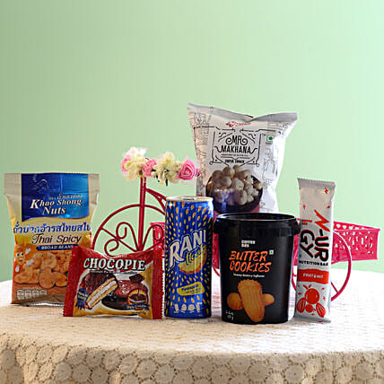 Assorted Healthy Snack Hamper: Send Gift Hampers