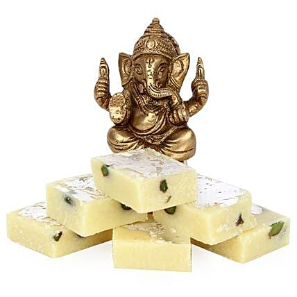 Brass Ganesha With Pista Burfi: Show Pieces