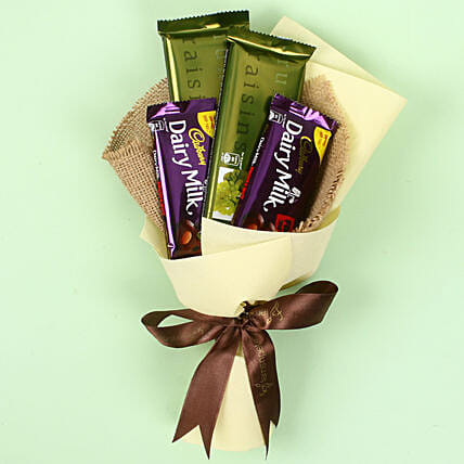 Cadbry Chocolate Bouquet: Gifts for Hug Day