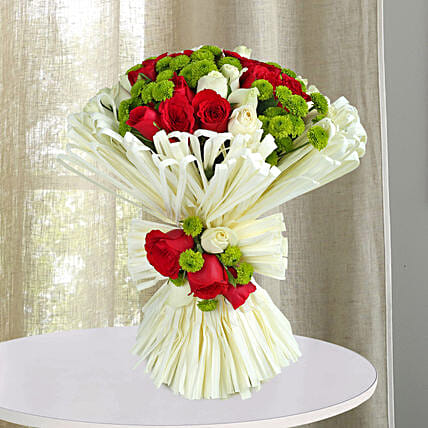 Charming Red N White Roses Bunch: Designer Bouquet