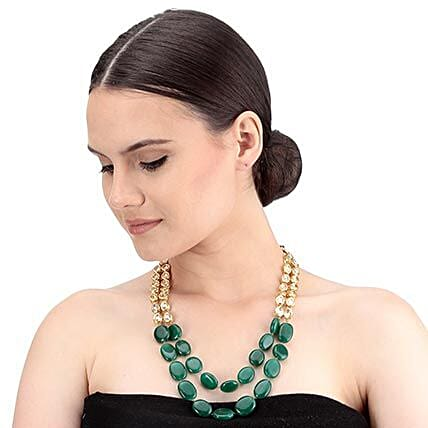 Chic Kundan Necklace Set Gold & Green: Jewellery Gifts