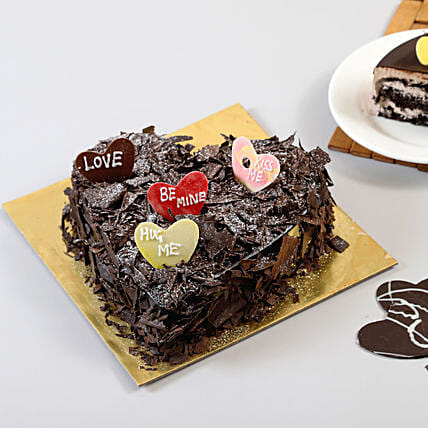 Choco Blast Love Cake: Heart Shaped Cakes Dehradun