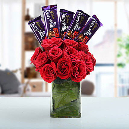 Classic Choco Flower Arrangement: Send Chocolate Bouquet