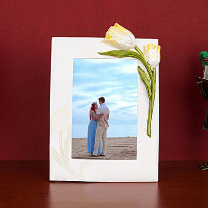 Classic White Resin Photo Frame: Personalised Photo Frames Gifts