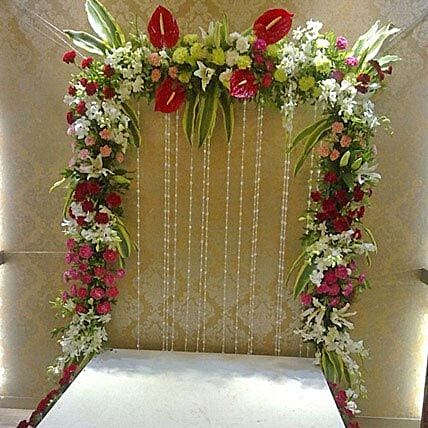 Colourful Floral Decoration: Send Carnations