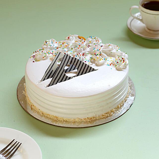 Creamy Vanilla Delight Cake: Buy Eggless Cakes