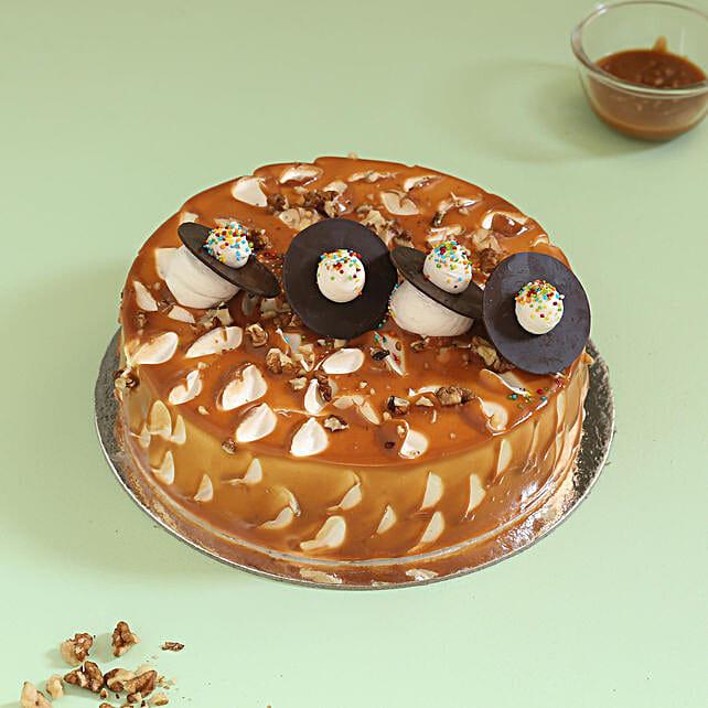 Crunchy Caramel Walnut Cake: Walnut Cakes