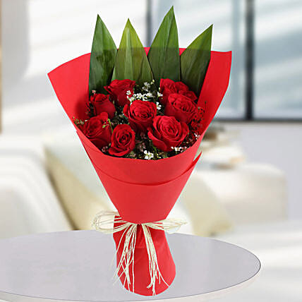 Enchanting Red Rose Bunch: Designer Bouquet
