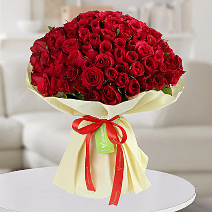 Enchanting Red Roses Bunch: Premium Gifts for Anniversary