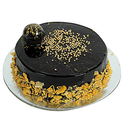 Ferrero Rocher Cream Cake: Chocolate Cake