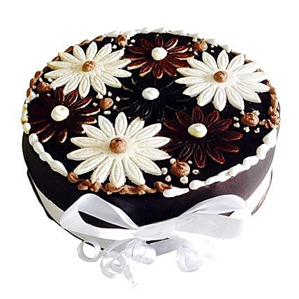 Floral Cake: Send Birthday Cakes to Ludhiana