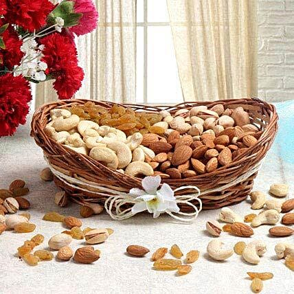For Nut Lover: Send Chhath Puja Gifts