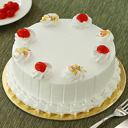 Fresh Vanilla Cake: Send Gifts to Satna