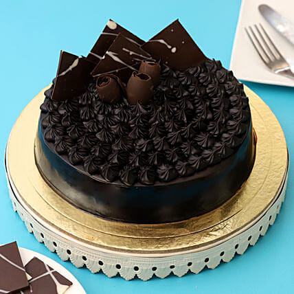 Fudge Brownie Cake: Designer Cakes