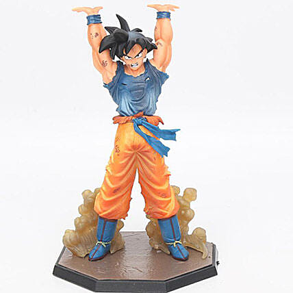 Goku Action Figure: Toys and Games