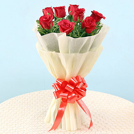 Graceful Red Roses: Flowers for Valentines Day