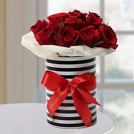 Graceful Roses Arrangement: Red Flowers