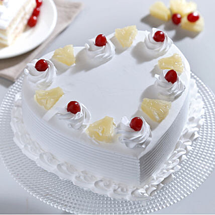 Heart Shaped Pineapple Cake: Hug Day Gifts