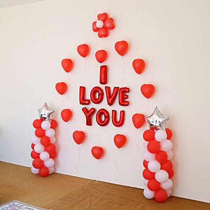 I Love You Balloon Decor: Balloon