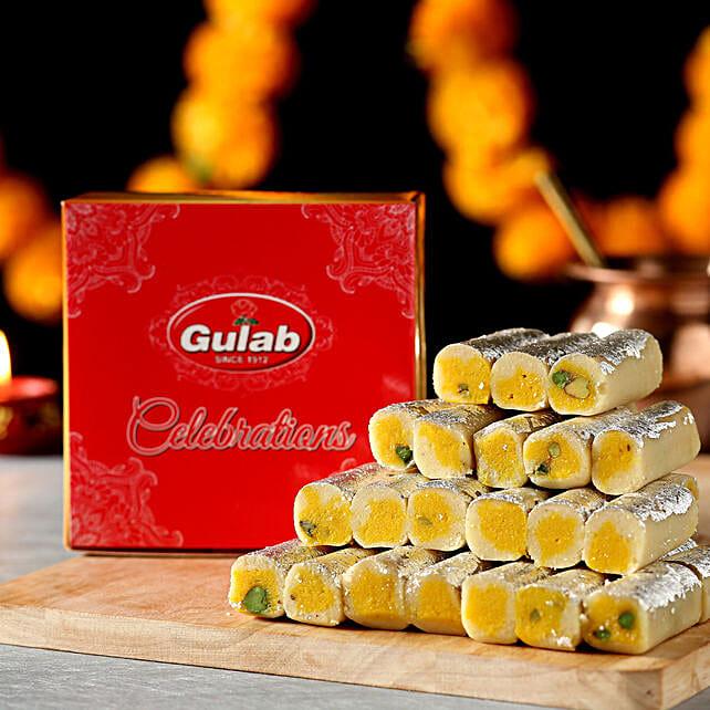 Kaju Roll Box: Send Karwa Chauth Sweets