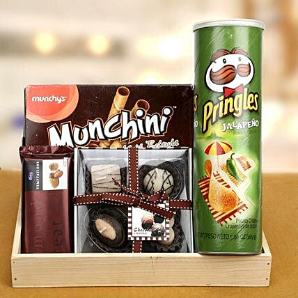 Keep Munching: Send Diwali Gift Hampers
