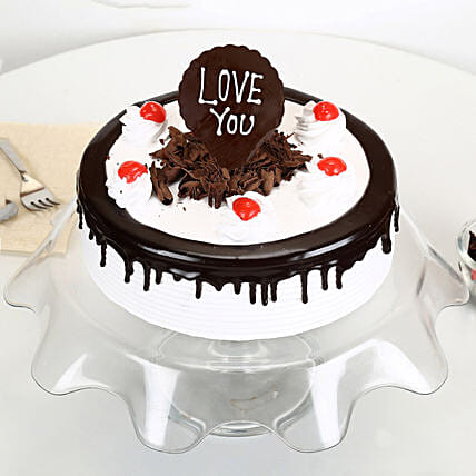 Love You Valentine Black Forest Cake: Hug Day Gifts