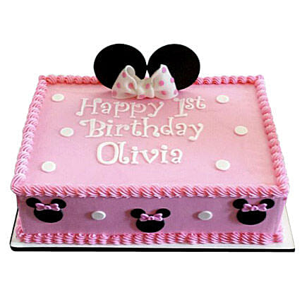 Lovely Pink Minnie Mouse Cake: Cartoon Cakes