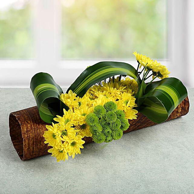 Lovely Yellow Daisy Arrangement: Mixed Flowers