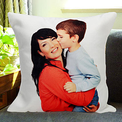 Mothers Love: Personalised Cushions Pune
