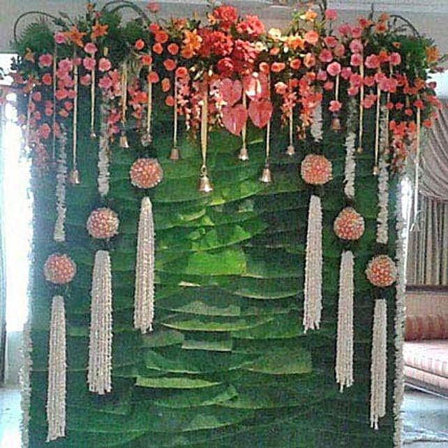 Multiple Hanging Flowers Decoration: Anthuriums