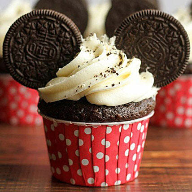 Oreo Twirling Cupcakes: Cupcakes