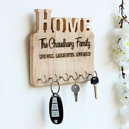 d0194dbdfa979 Personalised Engraved Wooden Key Holder  Send Personalized Gifts