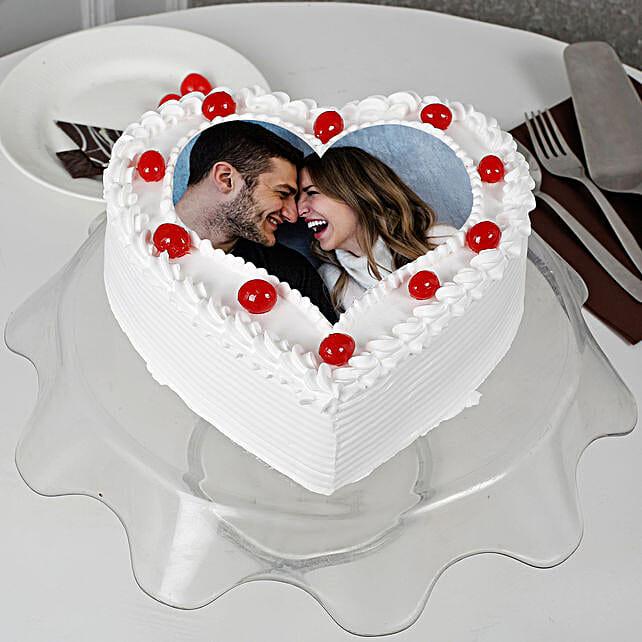 Pineapple Photo Cake- Heart Shaped: Send Heart Shaped Cakes