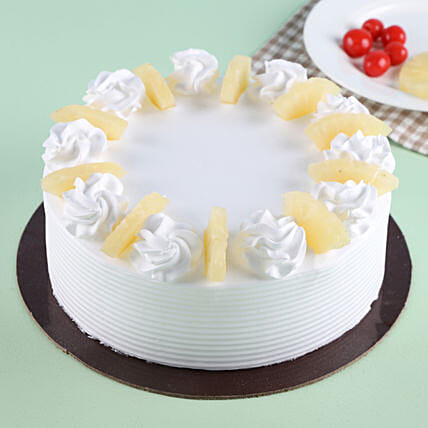 Pineapple Round Cake Cakes Delivery