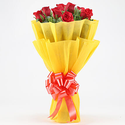 Posy Of Bright Red Roses: Send Promise Day Gifts