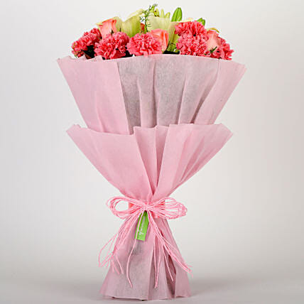 Ravishing Mixed Flowers Bouquet: Carnations