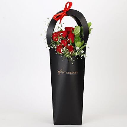 Ravishing Red Roses in Black Sleeve: Gift Ideas