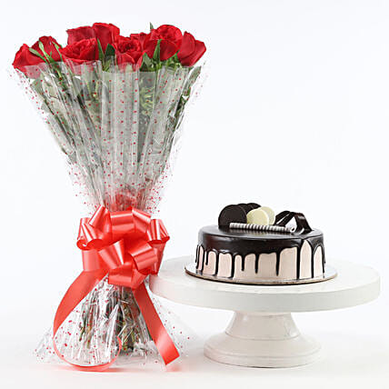 Red Roses And Chocolate Cake Combo: