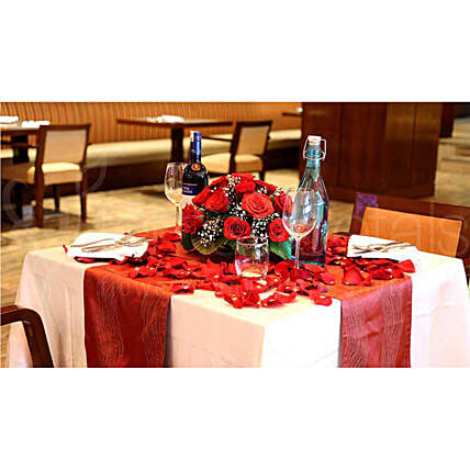 Couple Dining Experience: Love N Romance Gifts