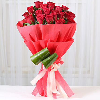 Romantic Red Roses Bouquet: Karwa Chauth Flowers
