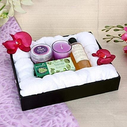 Royal Spa Experience: Gift Hampers