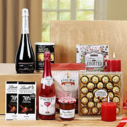 Sensational Treat Gift Basket: Send Gift Hampers