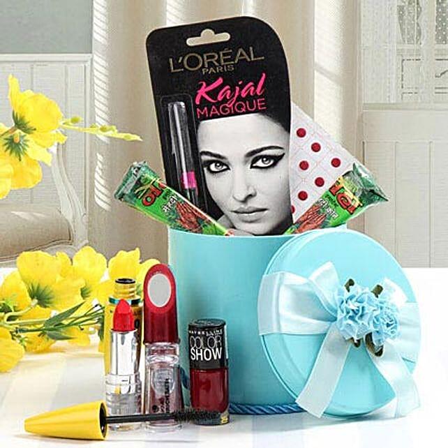 Splendid Hamper: Karwa Chauth Cosmetics Hampers