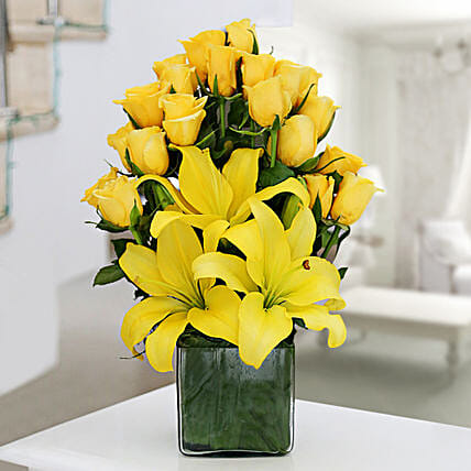 Yellow Roses & Asiatic Lilies Vase Arrangement: Send Roses