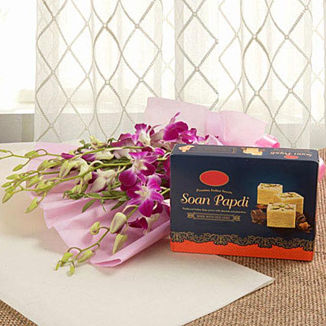 Surprise Shot: Send Flowers & Sweets